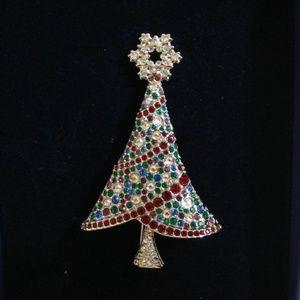 2004 Swarovski Rockefeller Christmas Tree Brooch